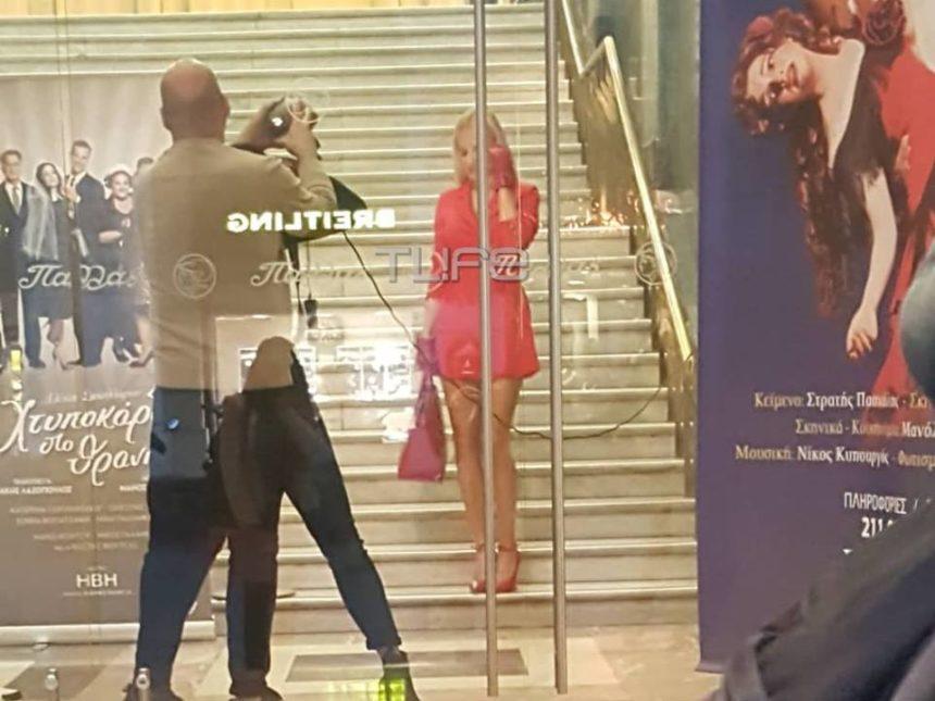 Φαίη Σκορδά: Τι κάνει τώρα στο κέντρο της Αθήνας; Αποκλειστικές φωτογραφίες | tlife.gr
