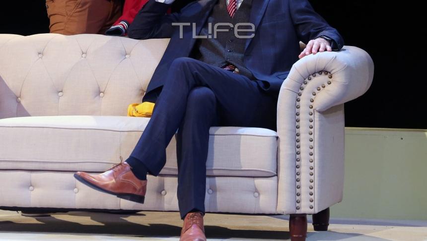 Ποια πρώην βουλευτής, απόλαυσε τον ηθοποιό σύζυγό της στο θέατρο; [pics] | tlife.gr
