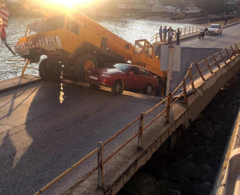 Έπεσε γέφυρα στην Καβάλα! Απίστευτες εικόνες μπροστά από το παλιό νοσοκομείο! | tlife.gr