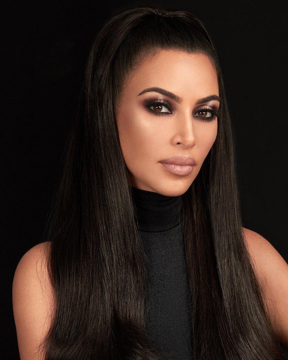 Η Kim Kardashian κυκλοφορεί την πρώτη της μάσκαρα και κάτι μας θυμίζει! | tlife.gr
