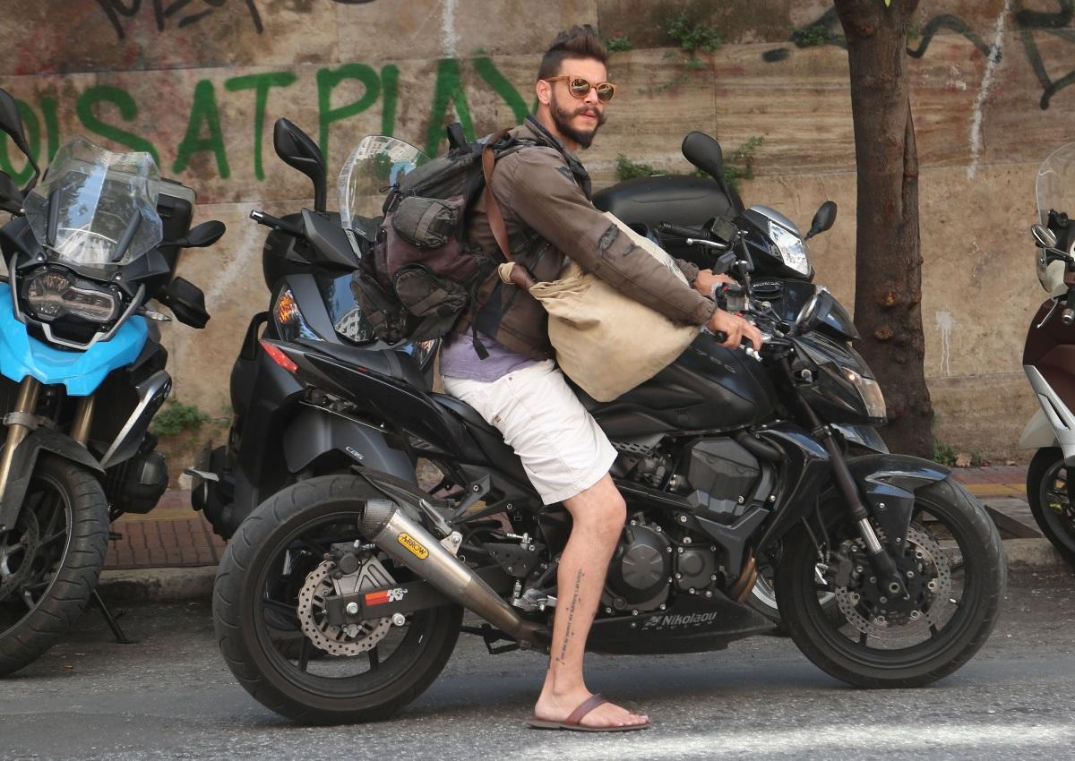 Λεωνίδας Καλφαγιάννης: Τα τελευταία νέα για την κατάσταση της υγείας του, μετά το σοβαρό τροχαίο!   tlife.gr
