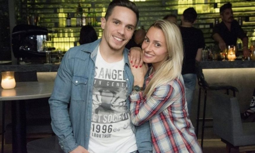 Λευτέρης Πετρούνιας: Περίπατος με το κορίτσι του στη Γαλλία, μετά το σοβαρό χειρουργείο!   tlife.gr