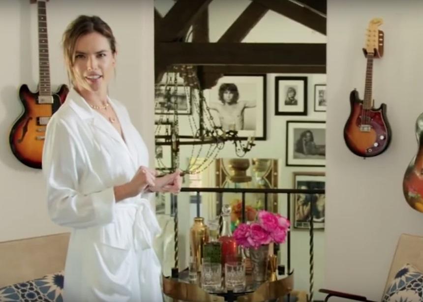 Η Alessandra Ambrosio μας ξεναγεί στο σπίτι της στην Santa Monica