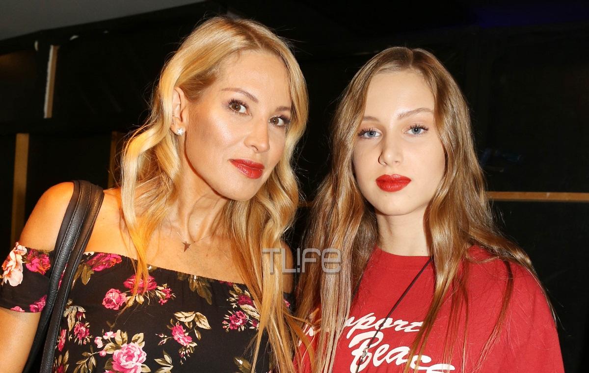 Αννίτα Ναθαναήλ – Σύνθια Χάμπερτ: Μαμά και κόρη περπάτησαν μαζί στην πασαρέλα!   tlife.gr