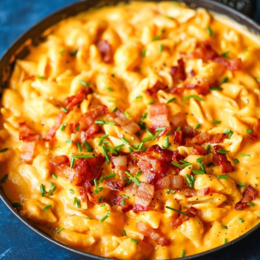 Umami Mac 'n Cheese με κρέμα κολοκύθας και μπέικον   tlife.gr