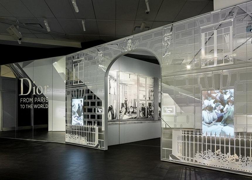 Η συγκλονιστική αναδρομική έκθεση του εμβληματικού οίκου Dior άνοιξε τις πόρτες της   tlife.gr