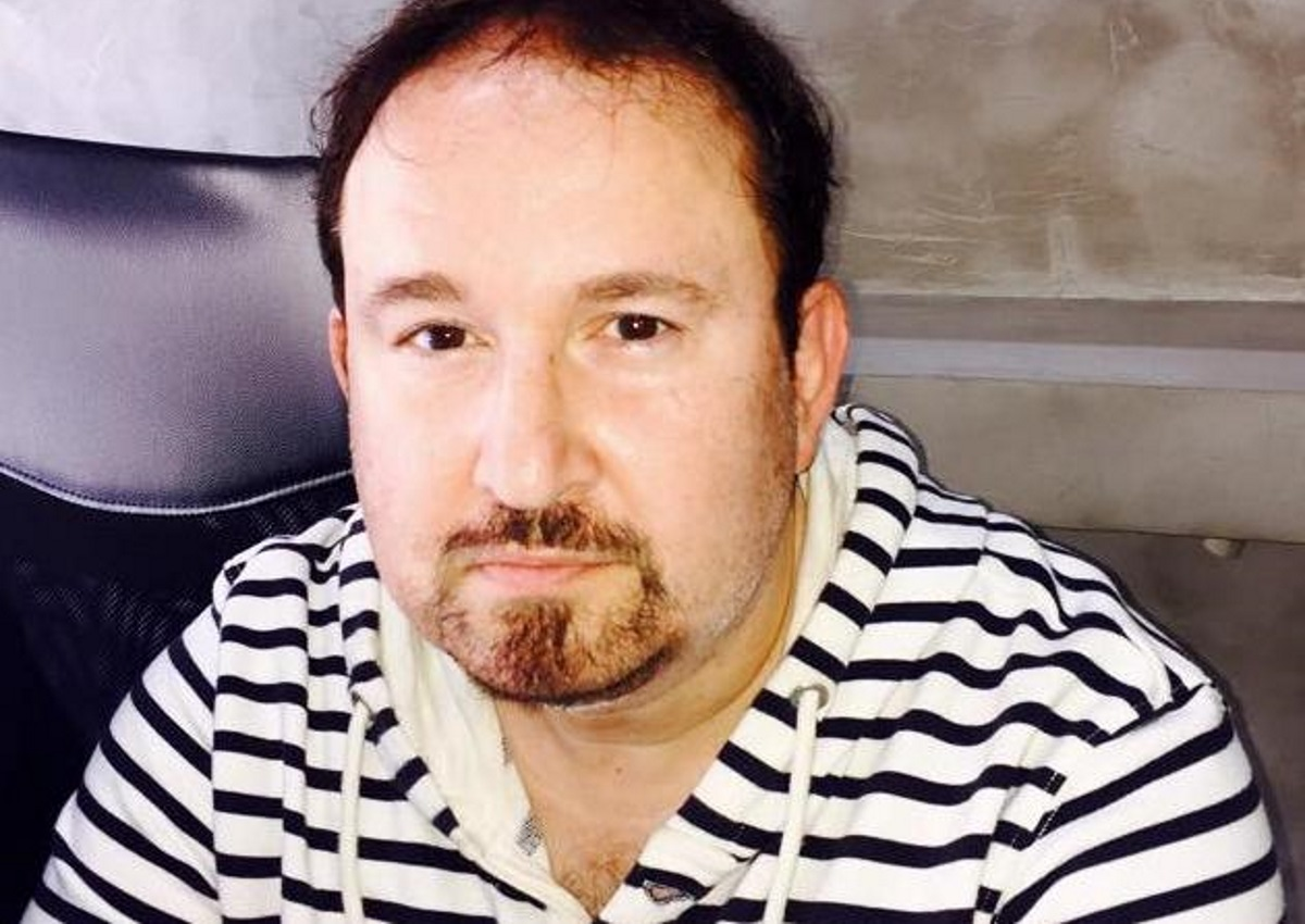 Ξέσπασε ο Γιάννης Παπαμιχαήλ: Απαντά σε εκείνους που «εκμεταλλεύονται» τα ονόματα των γονιών του για να βγάλουν χρήματα | tlife.gr
