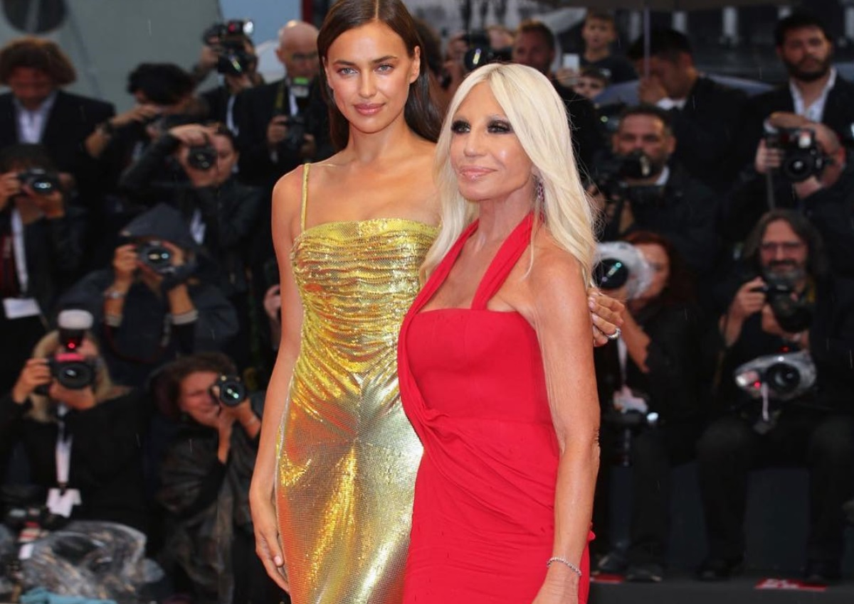Irina Shayk – Donatella Versace: Ξανά μαζί οι δύο διάσημες γυναίκες της μόδας! [pics]