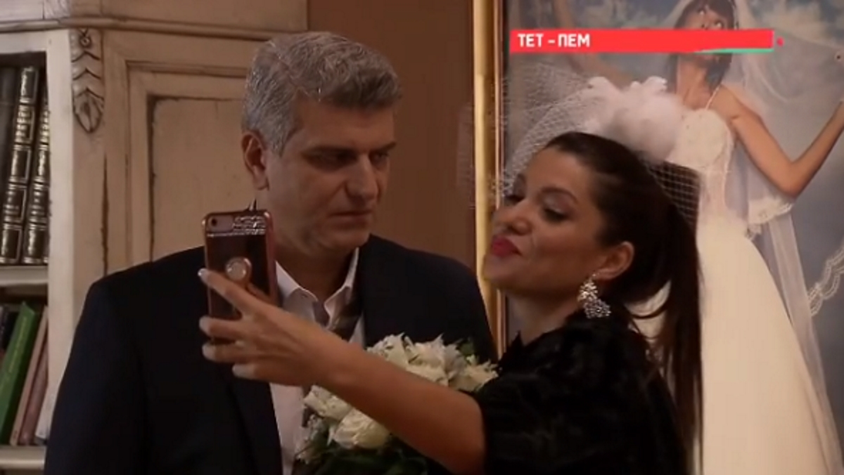Μην αρχίζεις τη μουρμούρα: Η Κλέλια Ρένεση  σχεδιάζει το γάμο της με τον «Ηλία» ! [vid]   tlife.gr