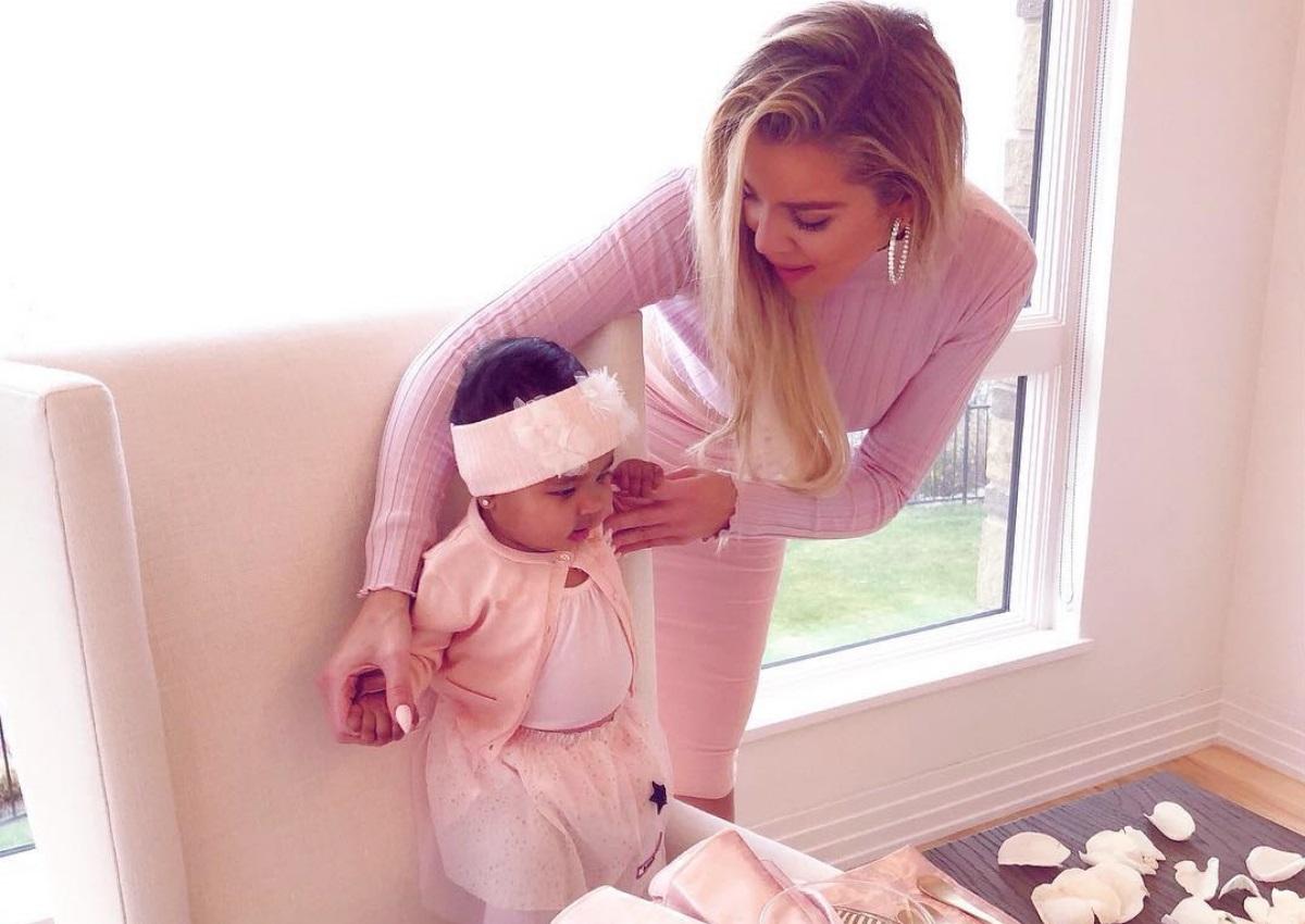 Khloe Kardashian: Έβαλε μέσα στην πανάκριβη τσάντα της την 6 μηνών κόρη της![pics] | tlife.gr