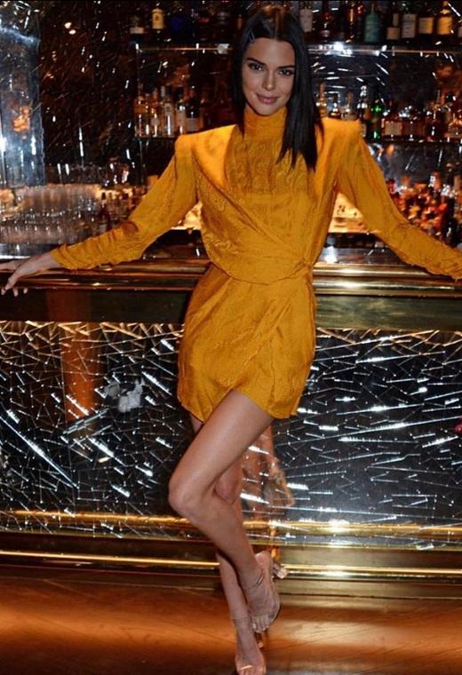 Η Kendall Jenner με Peter Dundas | tlife.gr
