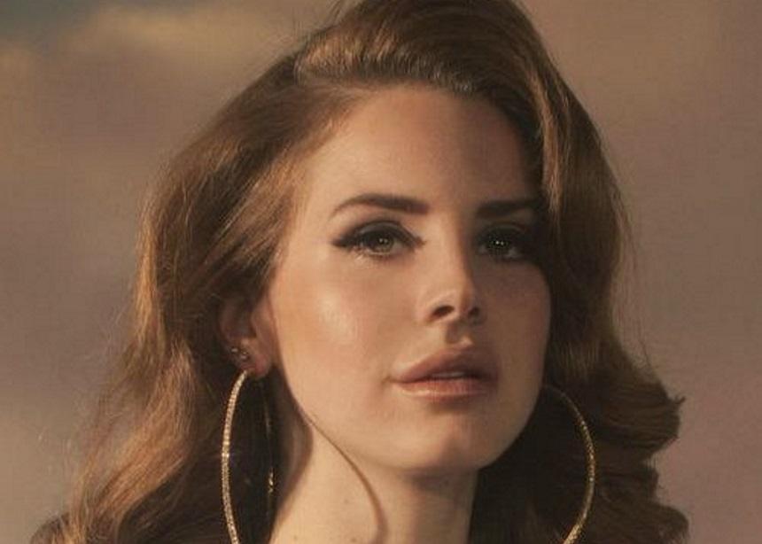 "Lana Del Rey: Αυτό είναι το ""χριστουγεννιάτικο"" σπίτι που μόλις απέκτησε η… μελαγχολική τραγουδίστρια   tlife.gr"