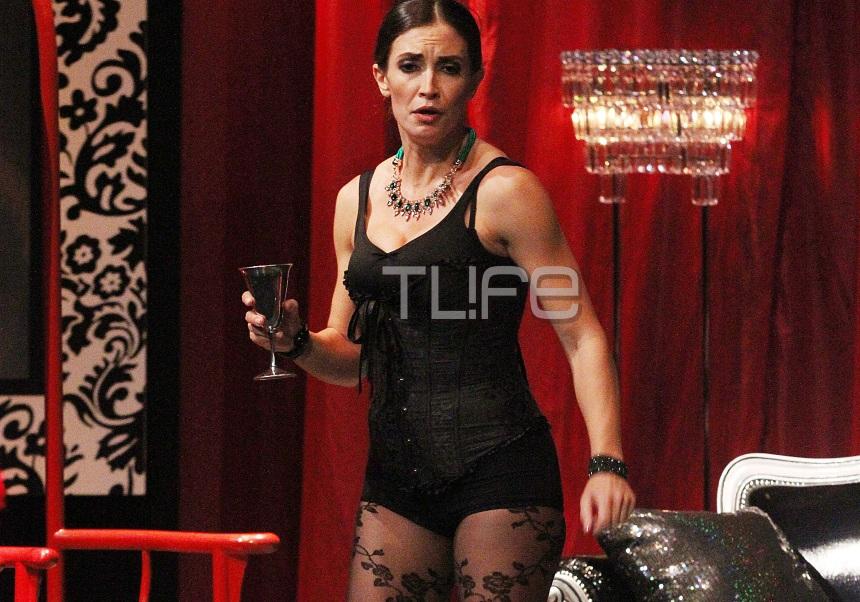 Mάρα Δαρμουσλή: Σέξι εμφάνιση στη θεατρική σκηνή! [pics] | tlife.gr