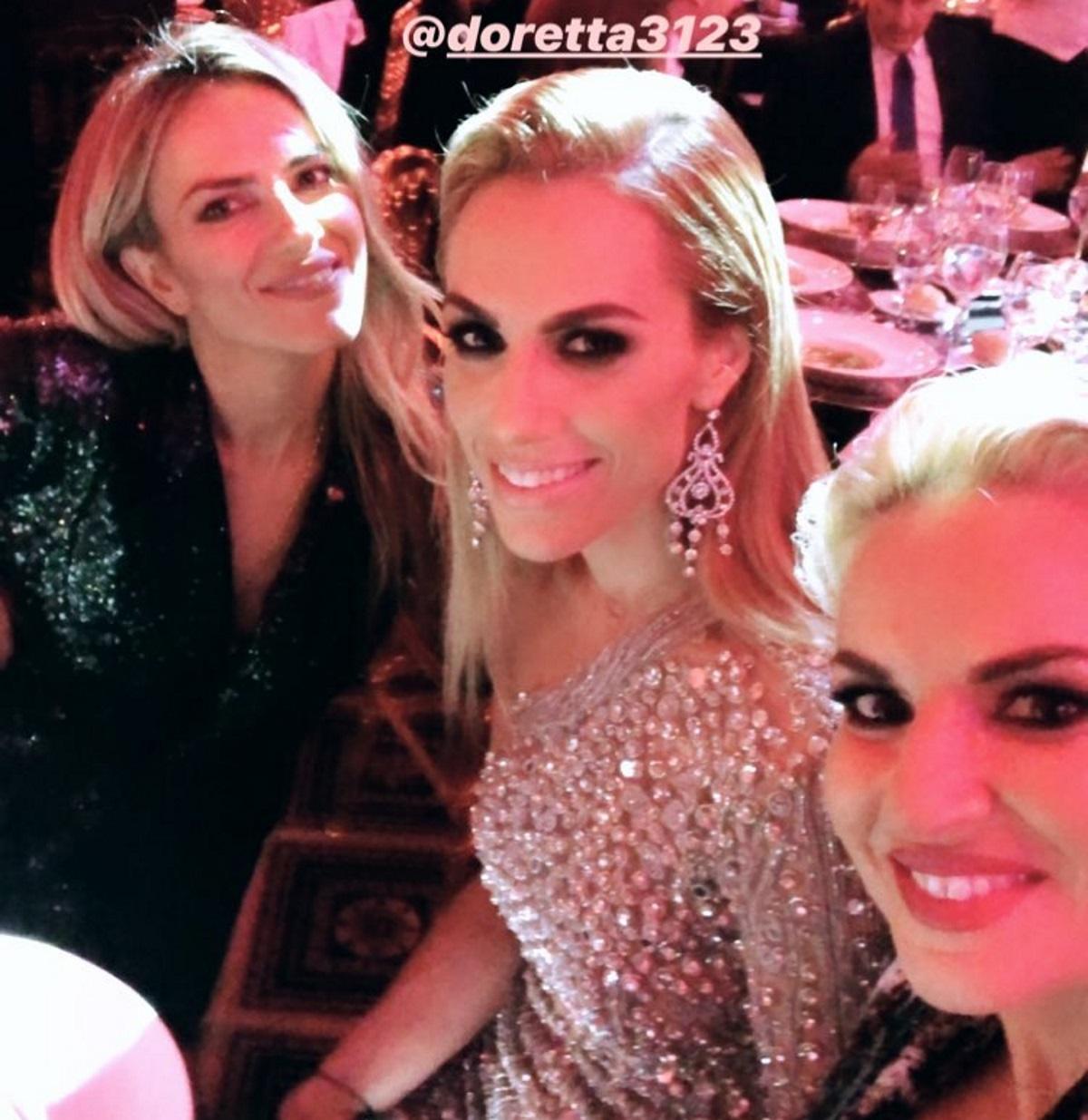 Ντορέττα Παπαδημητρίου: Η glamorous εμφάνιση της ηθοποιού σε βραβεία της Κύπρου! [pics,video] | tlife.gr