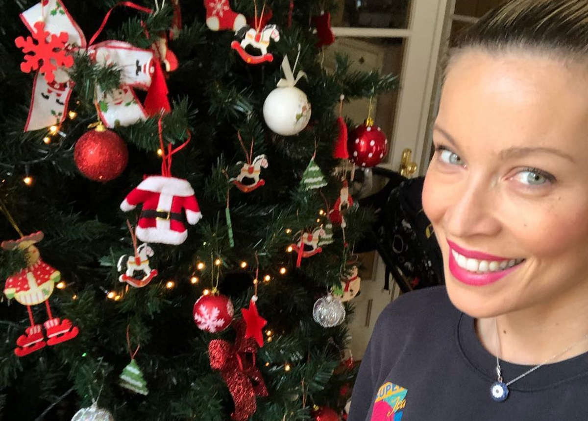 Μαριέττα Χρουσαλά: Ετοιμάζεται για τα Χριστούγεννα! Τα γλυκά που έφτιαξε με τα παιδιά της [pics]   tlife.gr