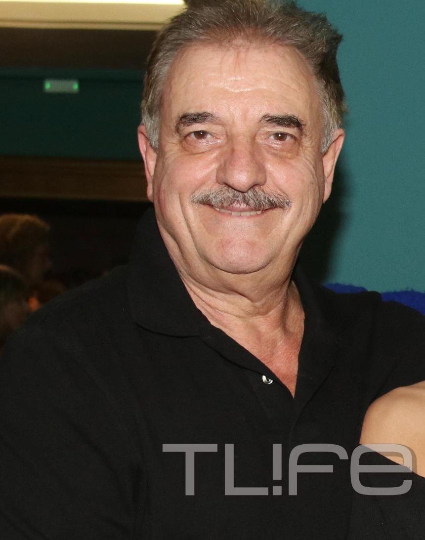 Μιχάλης Μητρούσης: Η καλλονή κόρη του τον καμάρωσε στο θέατρο! [pics] | tlife.gr