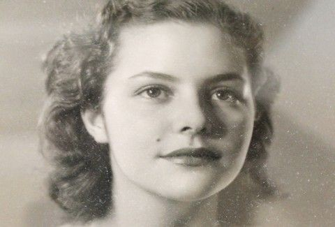Πέθανε η Σταρ Ελλάς Νταίζη Μαυράκη σε ηλικία 83 ετών | tlife.gr