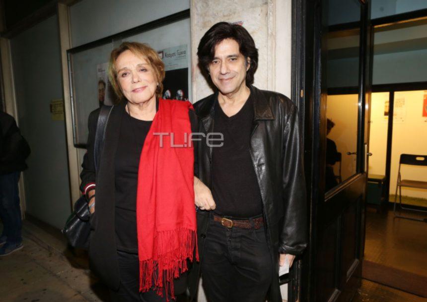 Μπέτυ Αρβανίτη: Σπάνια εμφάνιση με τον γιο της και την νύφη της![pics] | tlife.gr