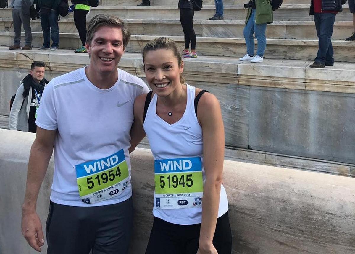 Μαριέττα Χρουσαλά – Λέων Πατίτσας: Έτρεξαν μαζί στον 36ο Μαραθώνιο της Αθήνας! [pics] | tlife.gr
