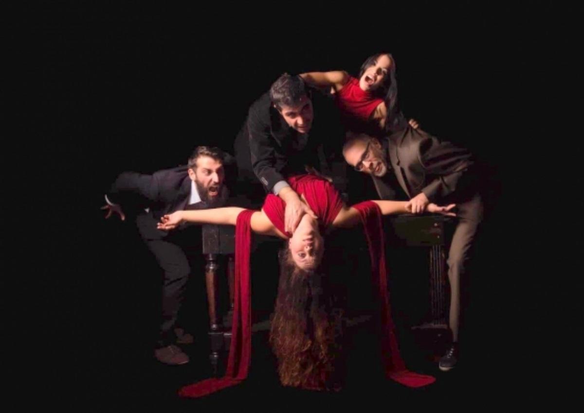 Το «Οβάλ Πρόσωπο» του Γιώργου Φραγκούλη κάνει πρεμιέρα σήμερα στο θέατρο «Παραμυθίας!» | tlife.gr