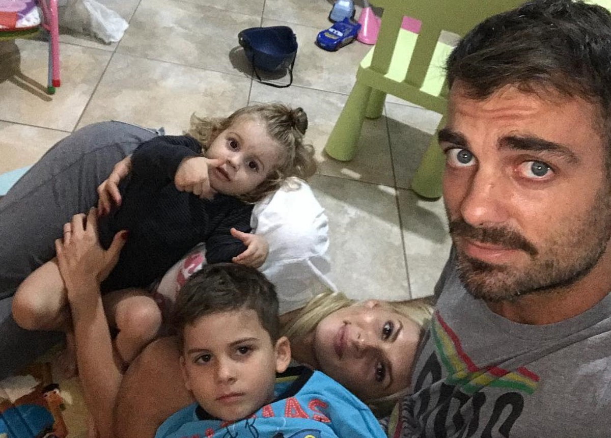 Όλγα Πηλιάκη: Η selfie με τον Στέλιο Χανταμπάκη λίγο πριν μπει στο Nomads και το δημόσιο μήνυμα!   tlife.gr