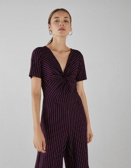 6d366fe1118 Ερώτηση Γεια σας! Θα ήθελα να με βοηθήσετε στο πως να φορέσω ένα maxi  φόρεμα με animal print σε καφέ απόχρωση. Τι παπούτσια,τι κοσμήματα και  αξεσουάρ να ...