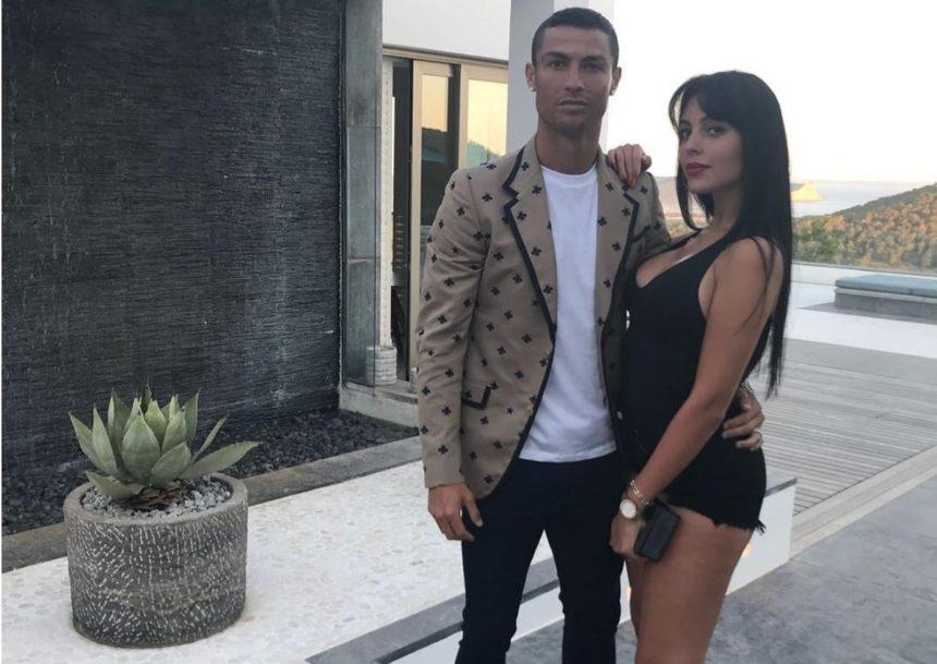 Christiano Ronaldo: Αρραβωνιάστηκε την καλλονή σύντροφό του! [pics] | tlife.gr