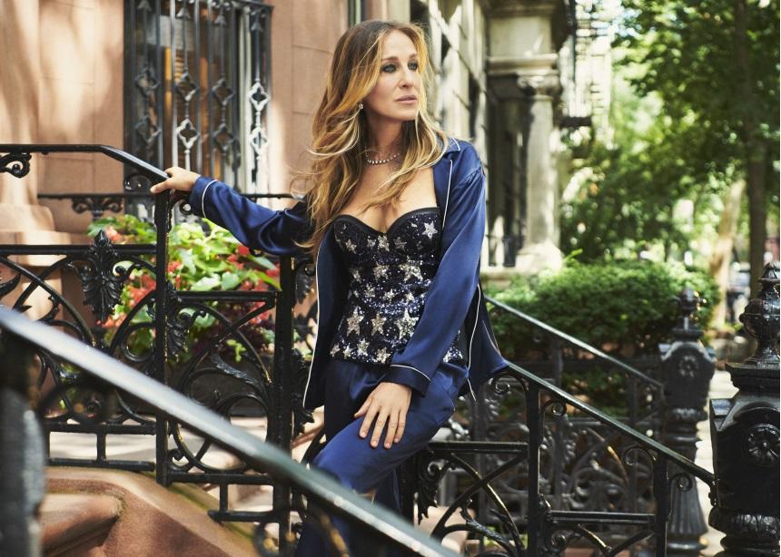 Η Sarah Jessica Parker φόρεσε δύο look που μπορείς να αγοράσεις κι εσύ! | tlife.gr