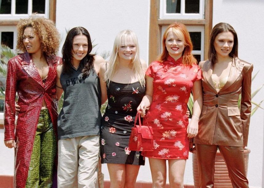 Οι Spice Girls λανσάρουν μια νέα συλλογή με tops που θέλουμε να αποκτήσουμε τώρα | tlife.gr