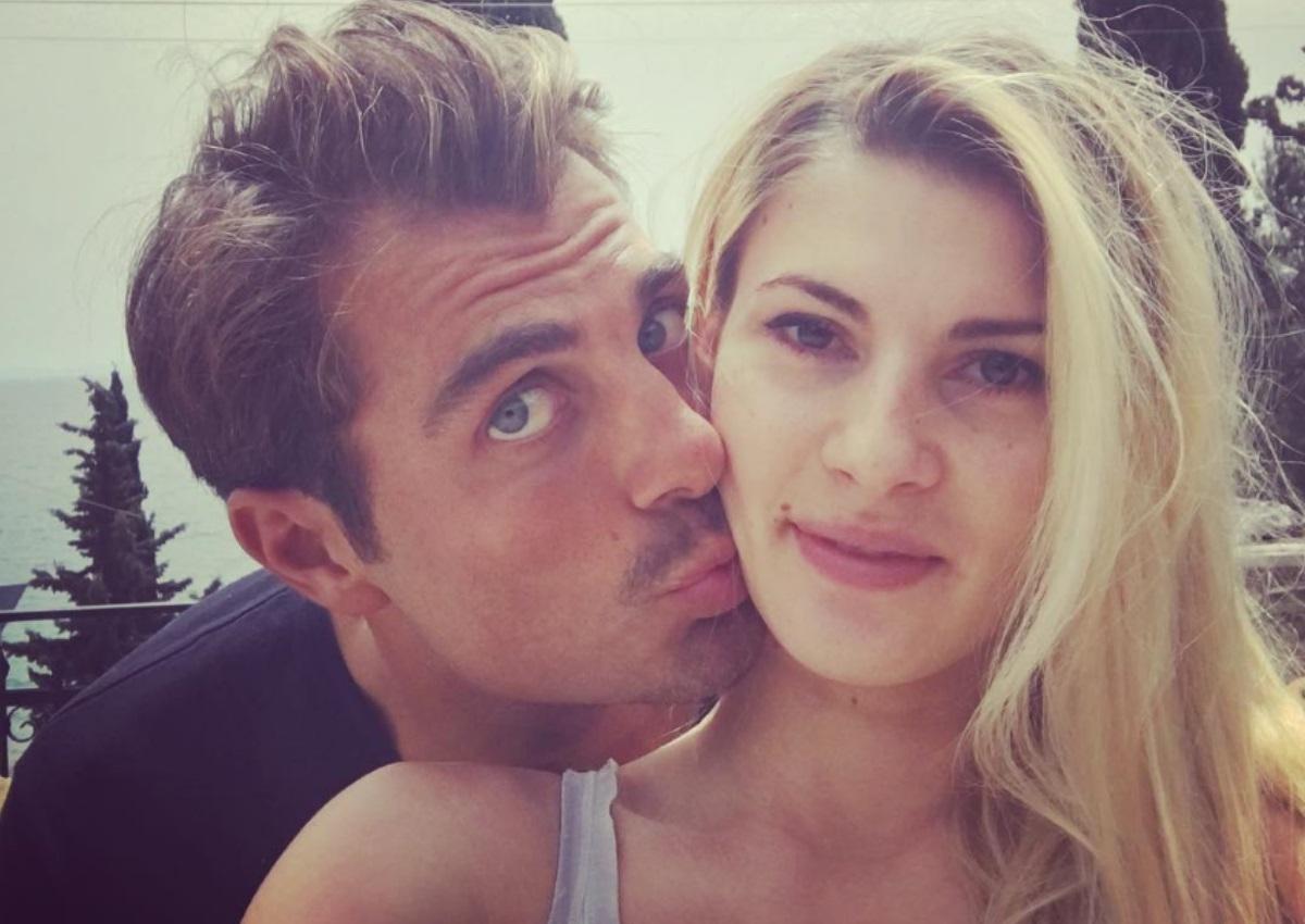 Στέλιος Χανταμπάκης: Οι «ζήλιες» του παρουσιαστή στην σύζυγο του λίγο πριν μπει στο Nomads![vid] | tlife.gr