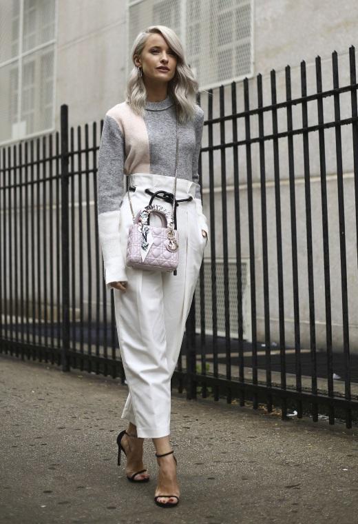 Νέα Υόρκη με λευκό παντελόνι | tlife.gr