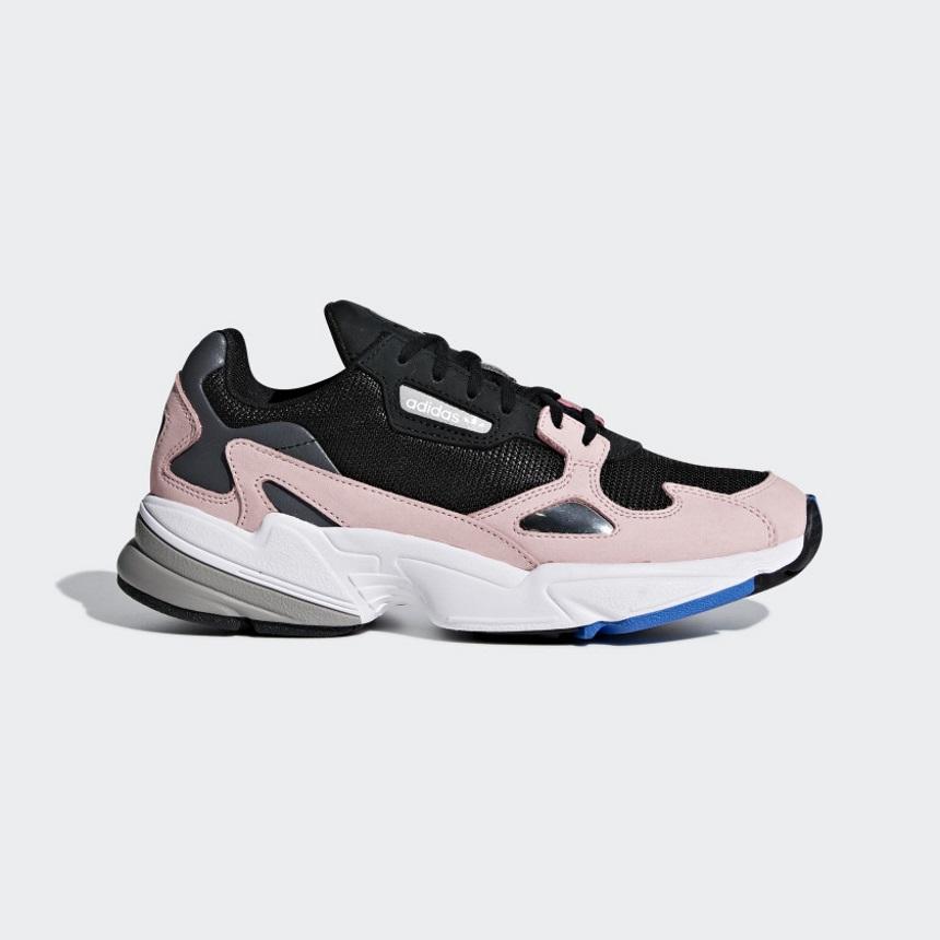 Sneakers Adidas | tlife.gr
