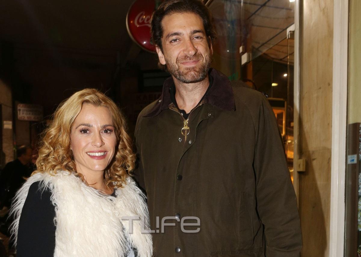 Τζένη Μπότση – Αλέξανδρος Μιχαλάς: Βραδινή εμφάνιση στο θέατρο για το ερωτευμένο ζευγάρι [pics] | tlife.gr