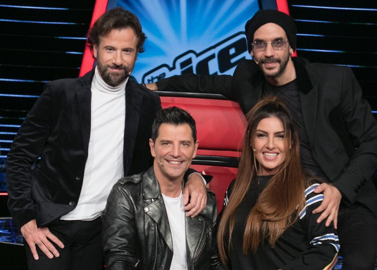 The Voice of Greece: Τι κάνουν οι κριτές στα παρασκήνια των blind auditions; Video   tlife.gr