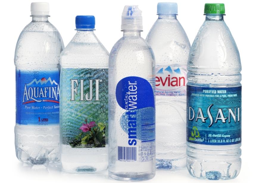 Μπορείς να κάνεις κυματιστά τα μαλλιά σου με ένα... μπουκάλι νερό ... 244992ba1ce