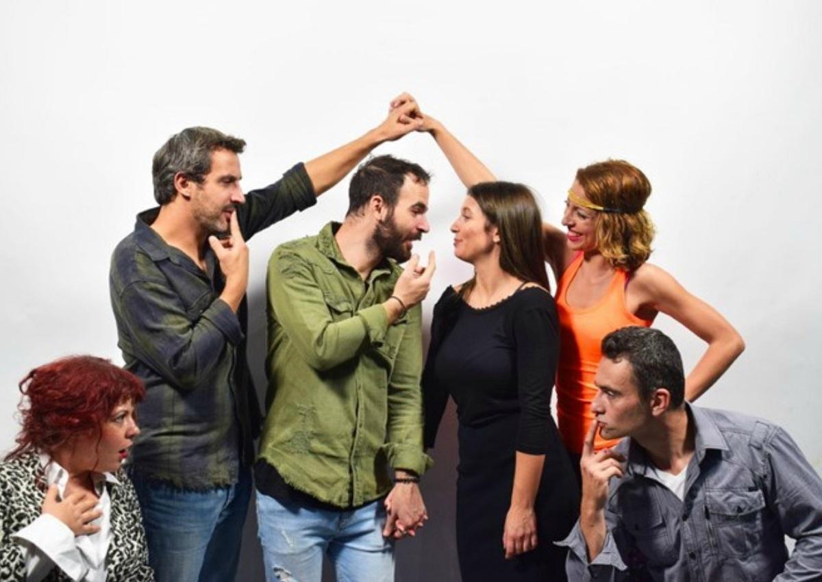 Τρία ζευγάρια κάθονταν: Η κωμωδία για τα σύγχρονα νεοελληνικά ζευγάρια! | tlife.gr