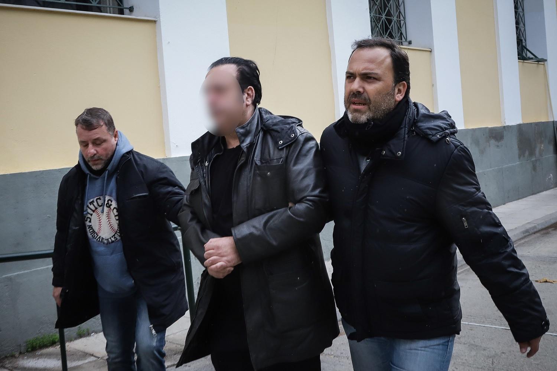 Στη φυλακή ο Ριχάρδος! | tlife.gr