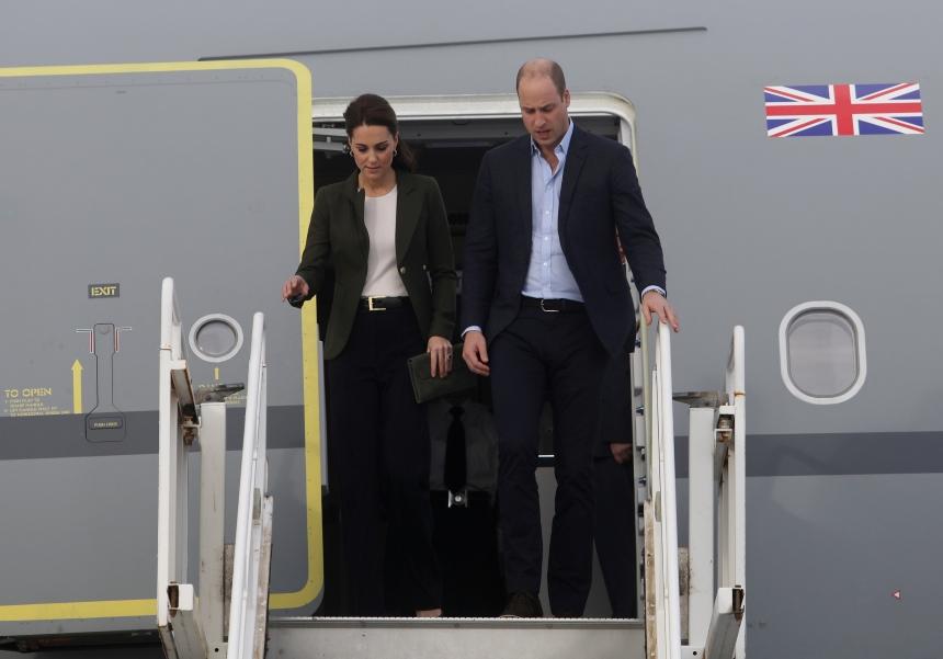Πρίγκιπας William – Kate Middleton: Θερμή υποδοχή για το πριγκιπικό ζευγάρι στην Κύπρο! [pics]