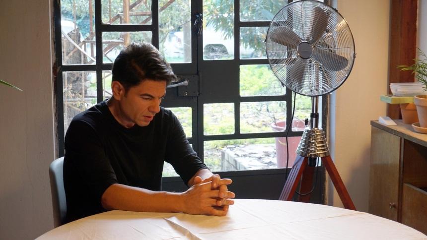 Νίκος Κουρκούλης: Δες backstage φωτογραφίες από τα γυρίσματα του νέου του βίντεοκλιπ! | tlife.gr