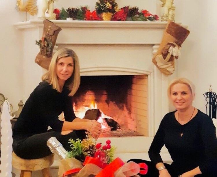 Μάγδα Τσέγκου: Μας δείχνει το στολισμένο, χριστουγεννιάτικο σαλόνι της! Φωτογραφίες | tlife.gr