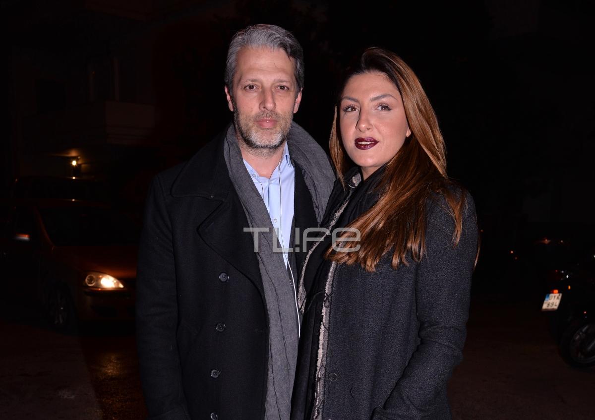 Έλενα Παπαρίζου – Ανδρέας Καψάλης: Αγκαλιά σε βραδινή έξοδο! [pics]