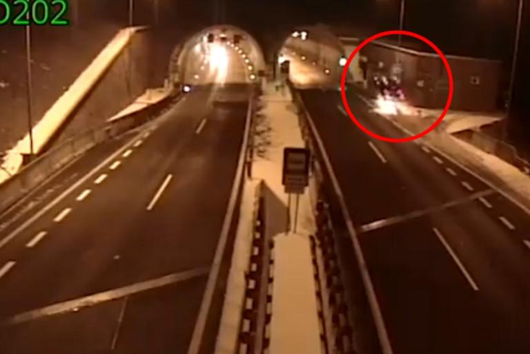 Συγκλονιστικό βίντεο: Οδηγός «καβαλάει» ράμπα, εκτοξεύεται, και βγαίνει ζωντανός! | tlife.gr