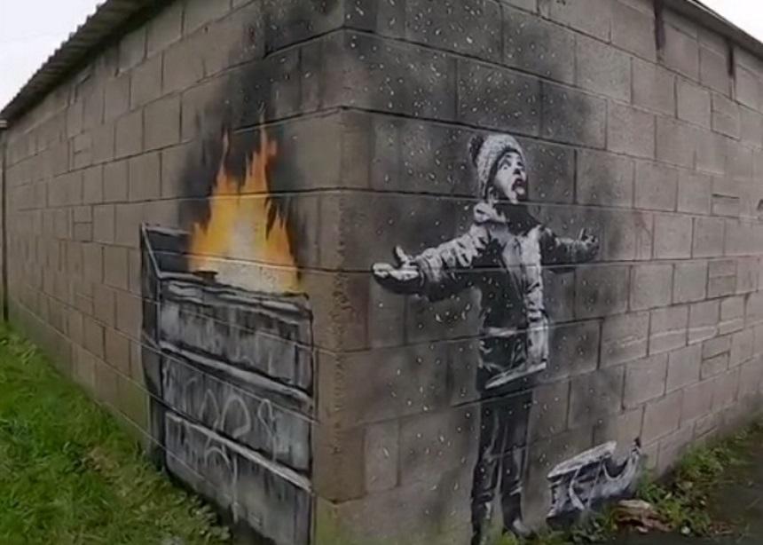 Ο Banksy μας εύχεται (;) καλά Χριστούγεννα με ένα καινούριο mural | tlife.gr