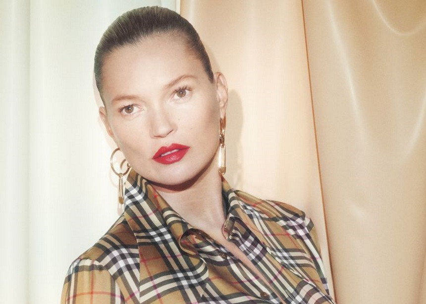 Η Kate Moss πρωταγωνιστεί στη νέα καμπάνια του Burberry με τη Vivienne Westwood | tlife.gr