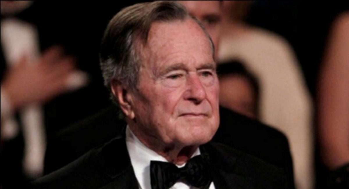 Το συγκινητικό μήνυμα διάσημης Ελληνίδας για το θάνατο του Τζορτζ Μπους! | tlife.gr