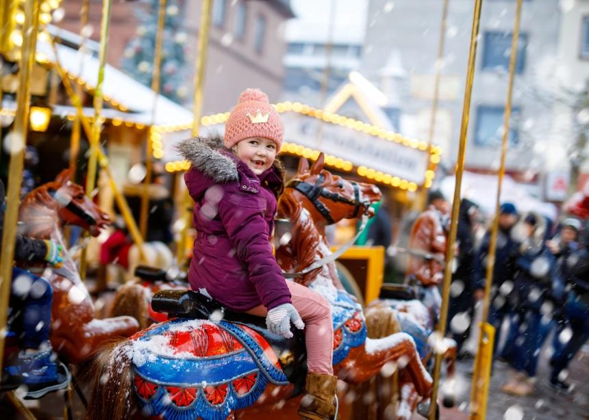 Christmas magic: Έξι εντυπωσιακά χριστουγεννιάτικα πάρκα για παιδιά σε όλη την Ελλάδα | tlife.gr