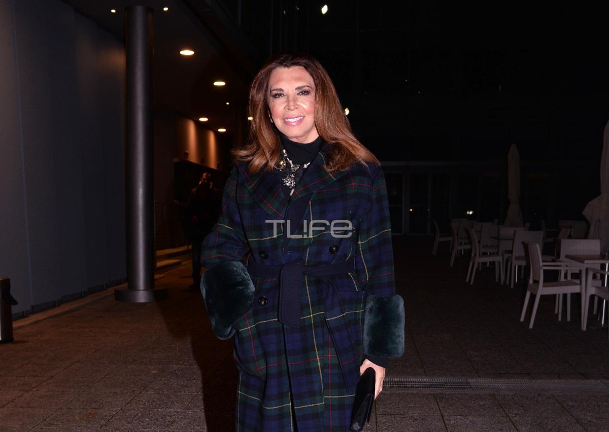 Μιμή Ντενίση: Βραδινή έξοδος στο θέατρο [pics] | tlife.gr