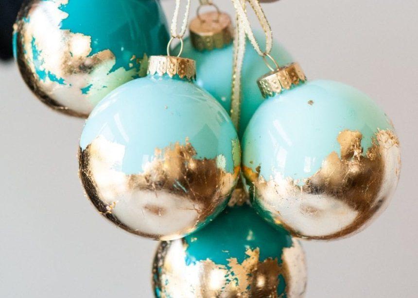 Αυτές οι υπερφανταστικές χριστουγεννιάτικες μπάλες είναι το καλύτερο DIY project της ημέρας! | tlife.gr