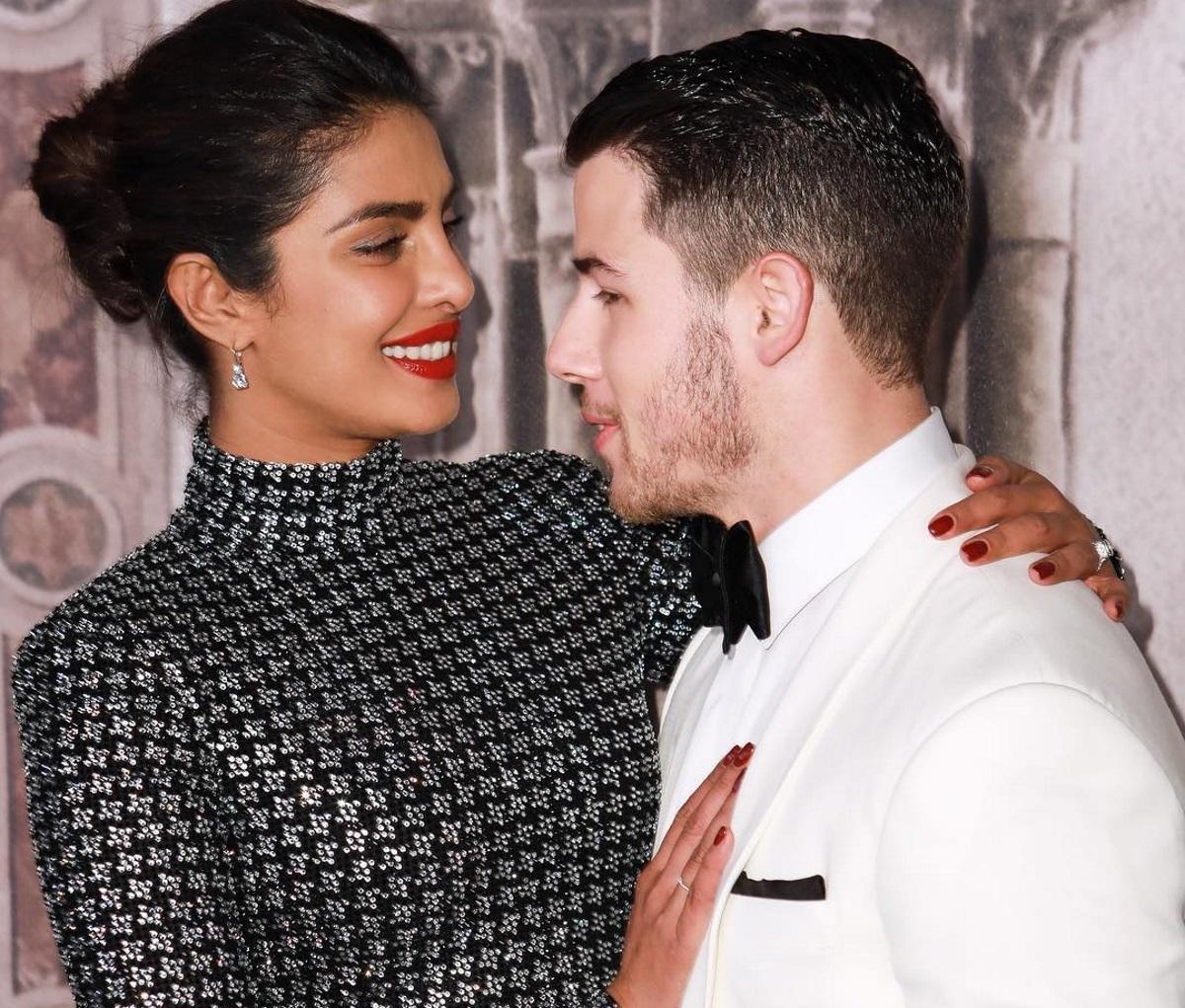Η Priyanka Chopra και ο Nick Jonas μόλις παντρεύτηκαν! | tlife.gr