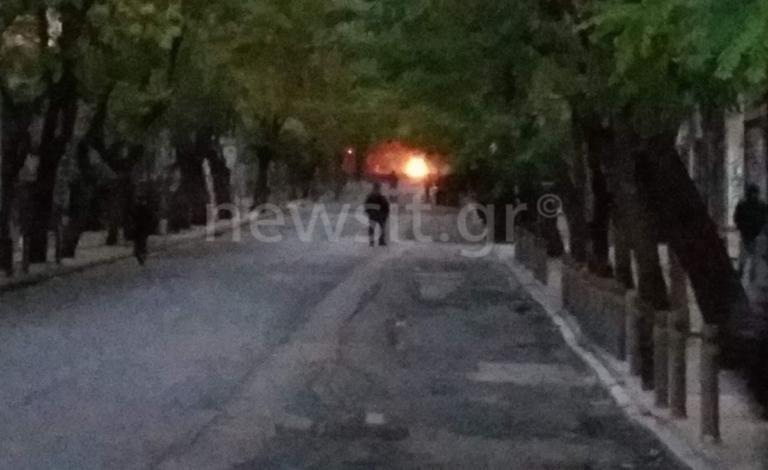 Πορεία στη μνήμη του Αλέξανδρου Γρηγορόπουλου – Φωτιές και οδοφράγματα στα Εξάρχεια | tlife.gr